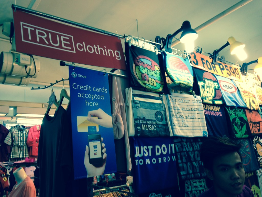 """This """"tiangge"""" at the Greenhills Shopping center is among the first to use Globe Charge. Photo by Melba Bernad"""