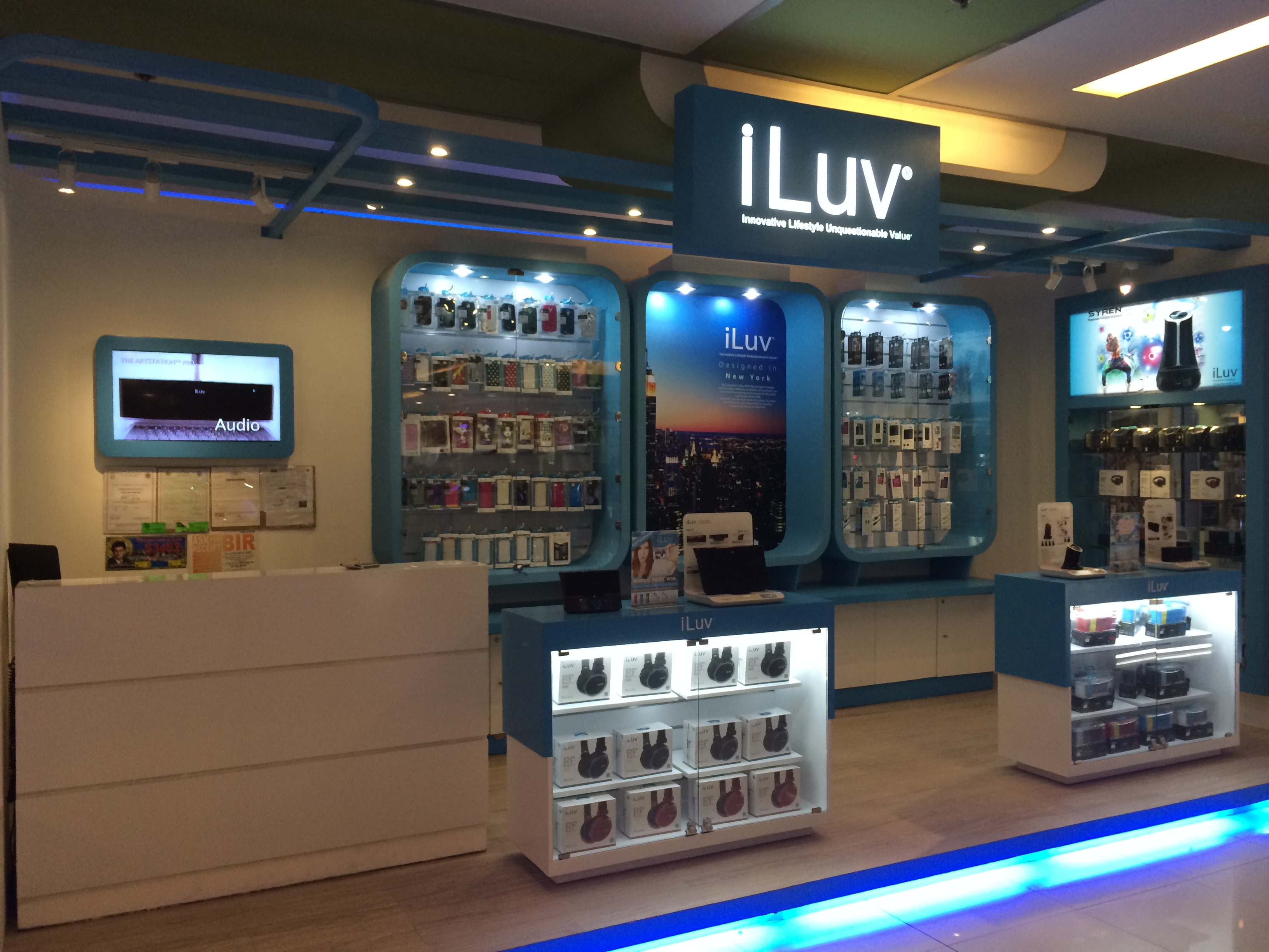 Iluv opens first concept store in ph upgrade magazine for Shop mobili online
