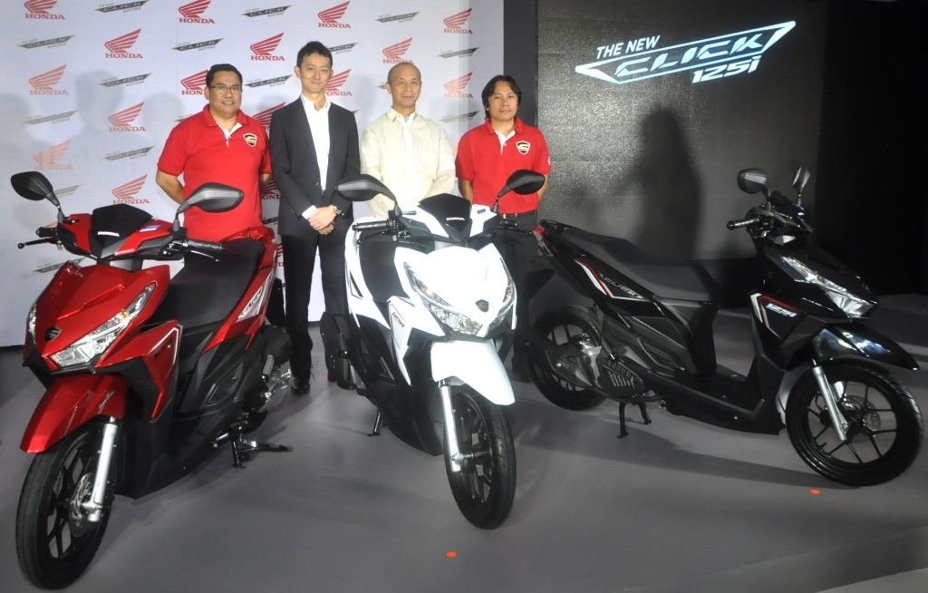 Dennis Restor  Honda MC Sales Luzon, Yasushi Okamoto  Honda Pres  and GM, Hideo Nishinaga  Honda AVP  Sales and Mktg and  Elie Salamangkit Jr  New Model Planning & Accessory Dev Mgr.