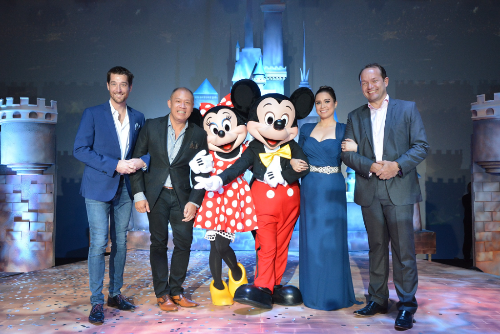 Celebrating the partnership are (L-R) Globe Senior Advisor for Consumer Business Dan Horan, Globe President and CEO Ernest Cu, Disney's Minnie Mouse and Mickey Mouse, special guest and Disney legend Lea Salonga, and Managing Director, The Walt Disney Company Southeast Asia, Rob Gilby.