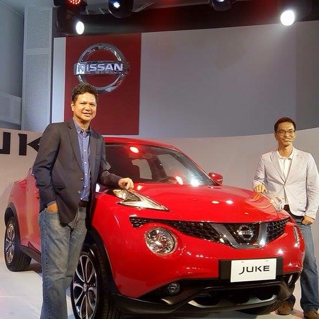 Posing with the Nissan Juke are NPI President and Managing Director Antonio Zara (left) and NPI General Manager for Marketing SJ Huh.