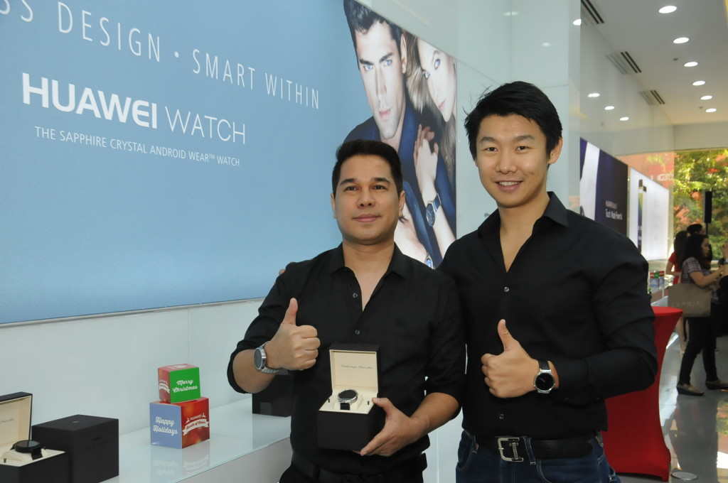 Leandro Poblete Huawei Experience Store Owner and Charles Wu Country Manager Huawei.