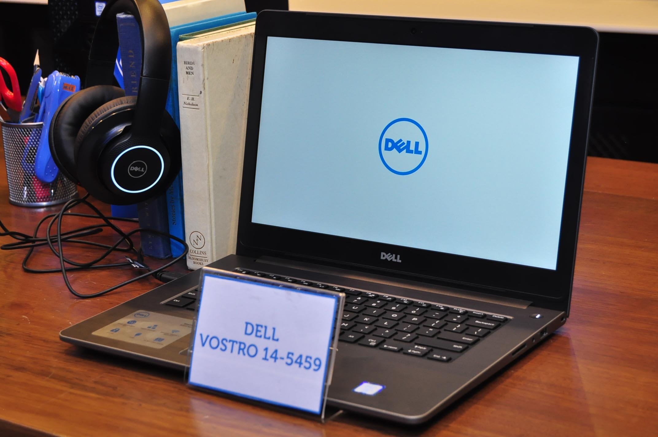 Dell Rides On Robust Pc Market With New Vostro Laptops For Smbs Laptop Repair Hp Makati 14 5459 Series